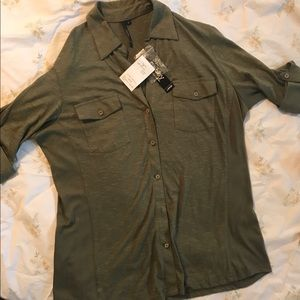 NWT CATHY LG BURNT OLIVE SOFT BUTTON UP SHIRT